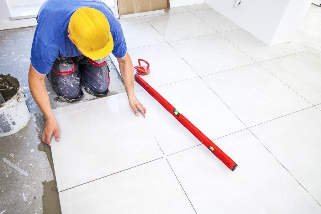a tiling expert working